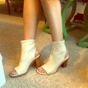Chloe Tan Peep toe heels